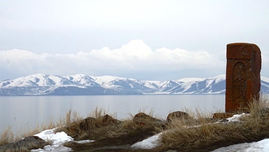 14 Lac sevan