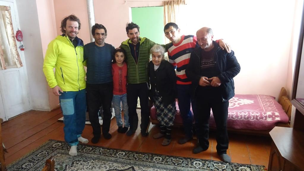 8 Didi Samsari - 13 famille